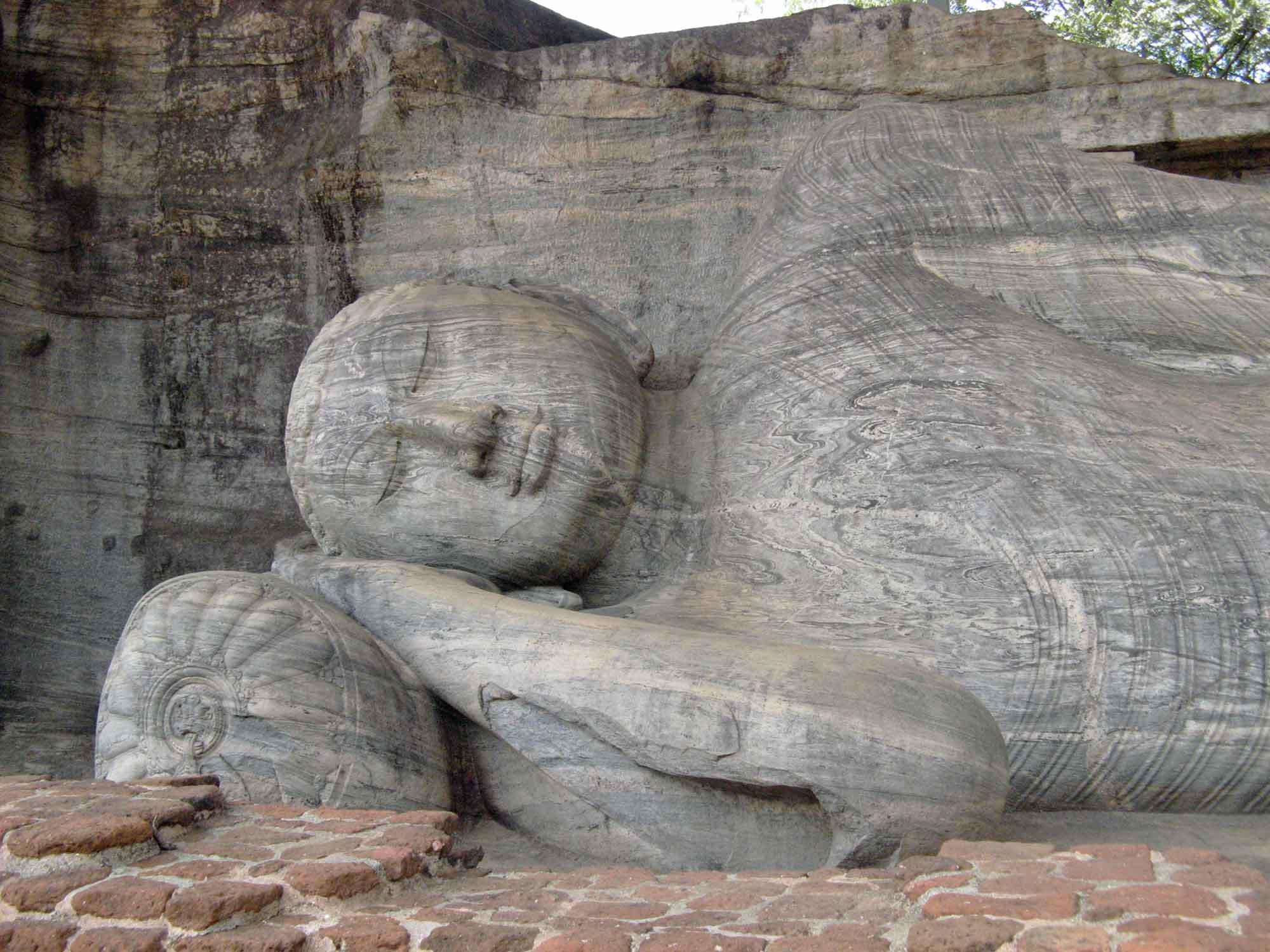 cosa visitare in Sri Lanka - Budda